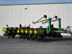 Planter For Sale 1997 John Deere 1770 Flex