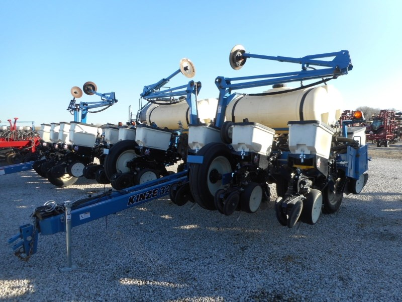 2013 Kinze 3200-12RN Planter For Sale