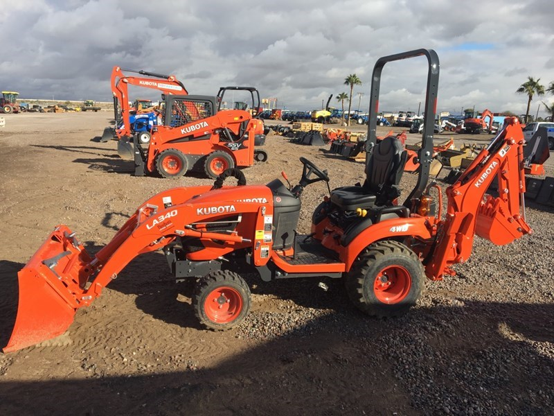 Kubota BX23SLSB-R Loader Backhoe