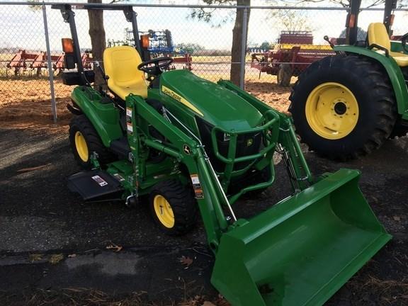 2017 John Deere 1023E Tractor For Sale