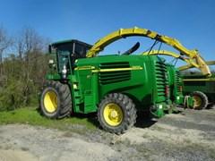 Forage Harvester-Self Propelled For Sale 2006 John Deere 7400