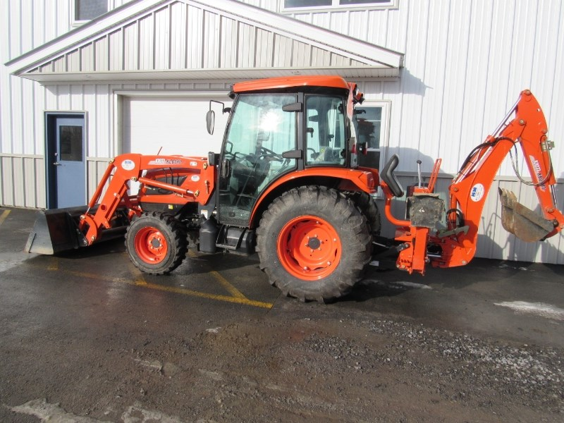 Kioti NX5510 Tractor For Sale