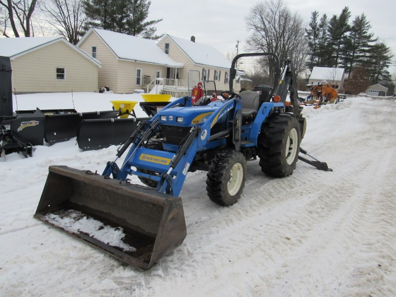 2011 New Holland T1530 Tractor For Sale