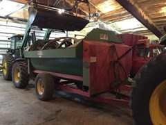 Feeder Wagon-Portable For Sale:  1988 Other 340