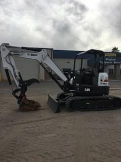 Excavator-Track :  Bobcat E45 T4