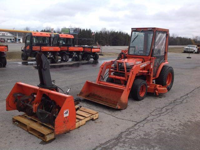1998 Kubota B2400HSD Tractor For Sale
