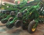 Planter For Sale: 2004 John Deere 1790
