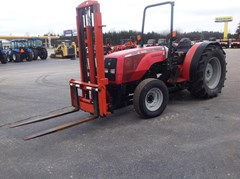 Tractor For Sale:  2003 Massey Ferguson 3330S
