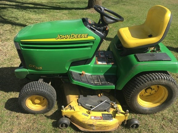 2004 John Deere GX345 Riding Mower For Sale