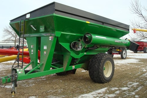 Grain Cart For Sale:  2009 Brent 880