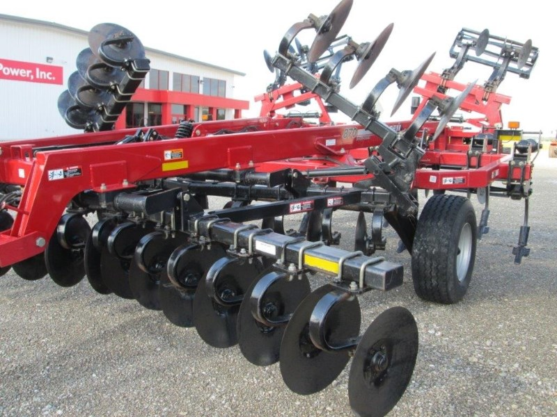 2011 Case IH 870 Disk Ripper For Sale