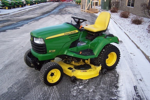 2008 John Deere X728 Riding Mower For Sale