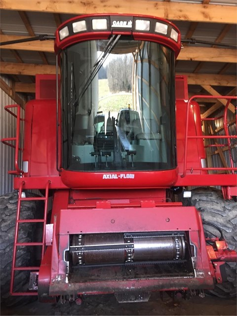 2005 Case IH 2388 Combine For Sale