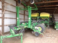 Planter For Sale:  2008 John Deere 1770NT