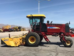Windrower-Self Propelled For Sale:  2013 New Holland H8060