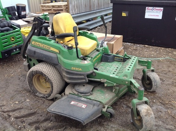 2009 John Deere Z830A Riding Mower For Sale