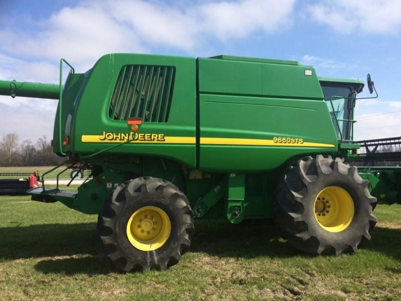 2005 John Deere 9660 STS Combine For Sale