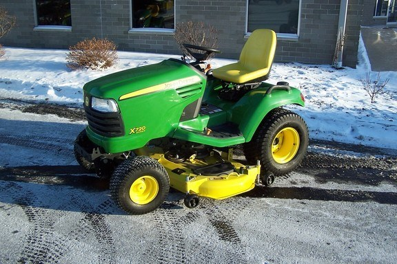 2012 John Deere X720 Riding Mower For Sale