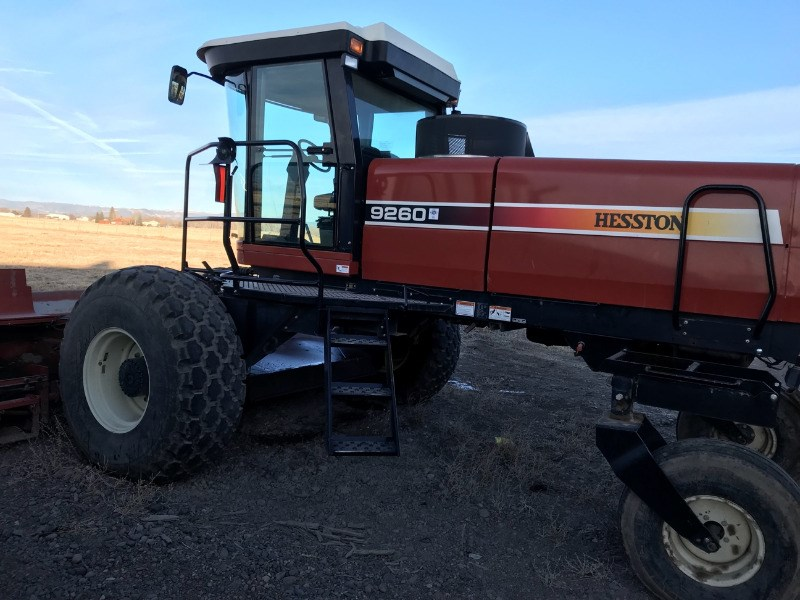 2006 Hesston 9260 Windrower-Self Propelled For Sale