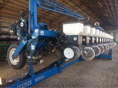 Planter For Sale 2005 Kinze 3600