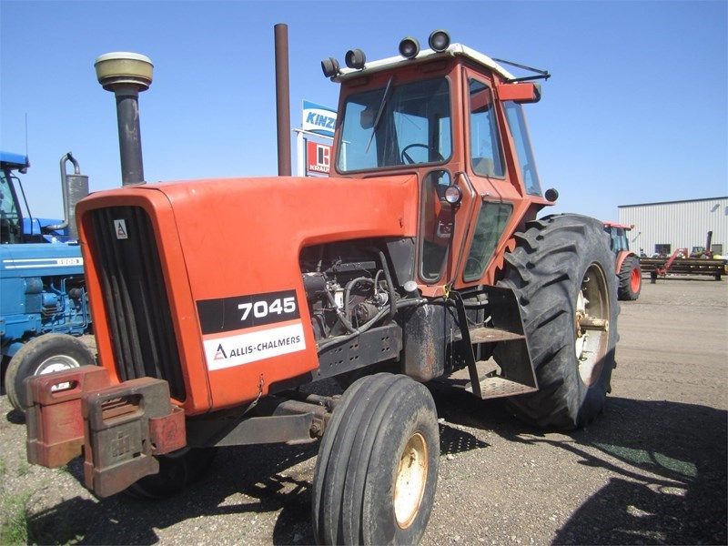1978 Allis Chalmers 7045 Tractor For Sale
