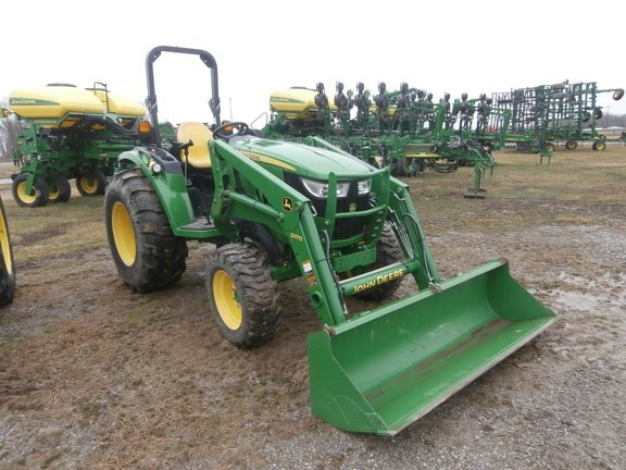 2014 John Deere 4066R Tractor For Sale