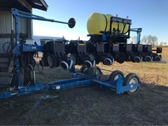 Planter For Sale 2006 Kinze 3500