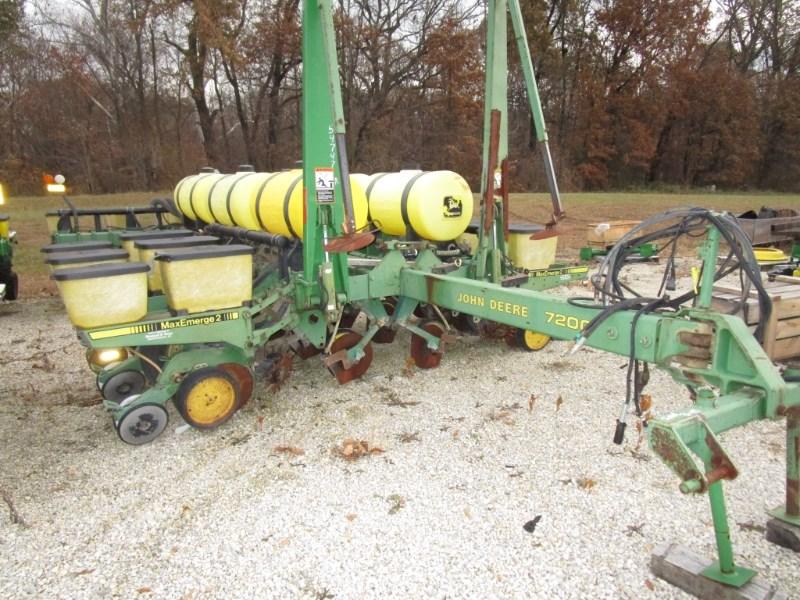 1989 John Deere 7200 Planter For Sale