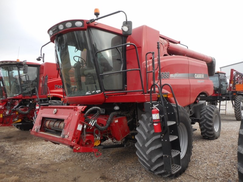 2011 Case IH 5088 Combine For Sale