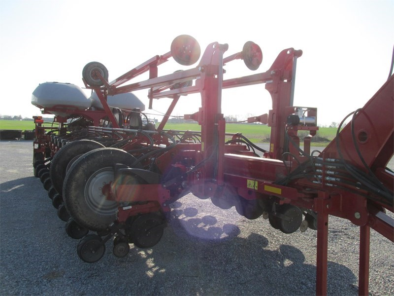 2014 Case IH 1255 Planter For Sale
