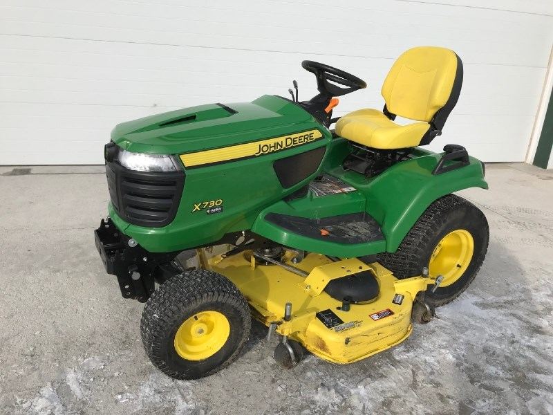 2018 John Deere X730 Riding Mower For Sale