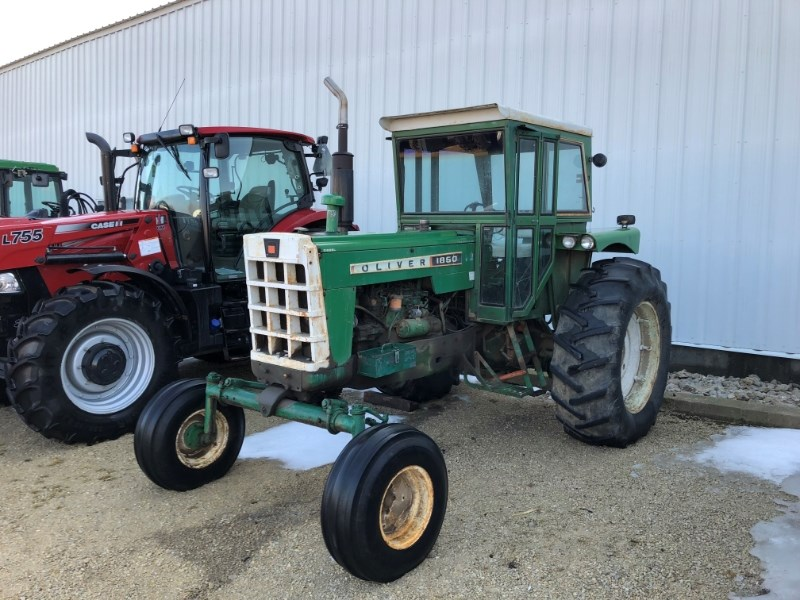 1965 Oliver 1850 Tractor For Sale