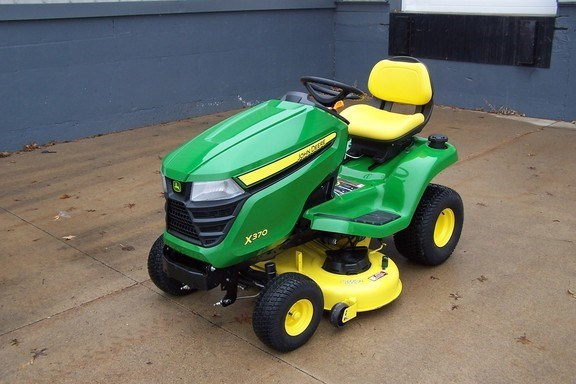 2017 John Deere X370 Riding Mower For Sale
