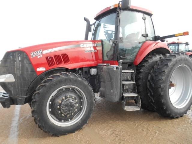 2012 Case IH MAGNUM 225CVT Tractor For Sale