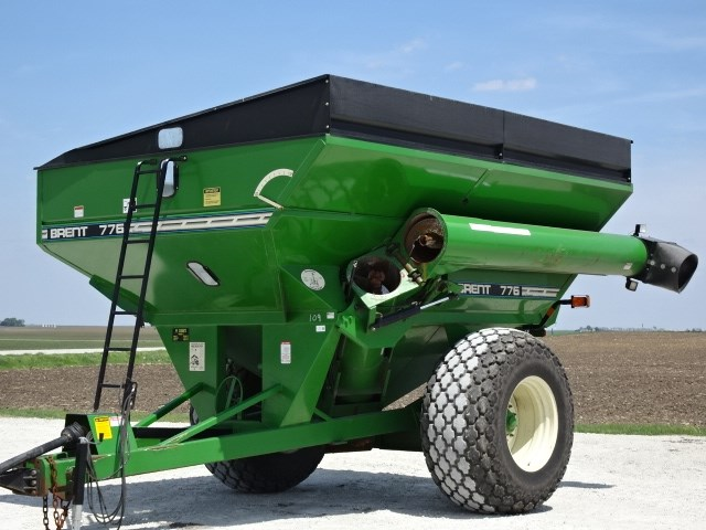 2000 Brent 776 Grain Cart For Sale