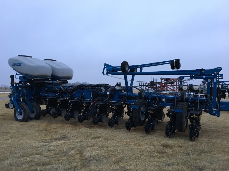 2015 Kinze 4900 Planter For Sale