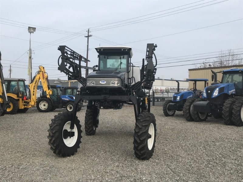 2016 Mako 400HC Sprayer-Self Propelled For Sale