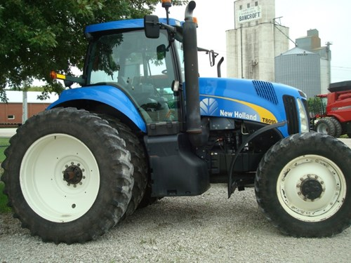 Tractor For Sale:  2008 New Holland T8010 , 175 HP