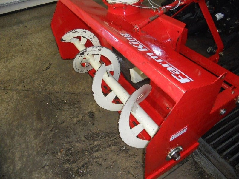Farm King Allied 600 Snow Blower For Sale