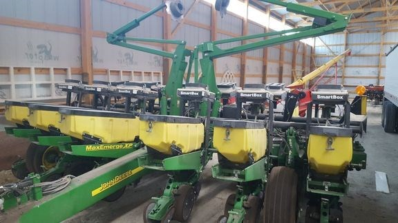 2013 John Deere 1760 Planter For Sale