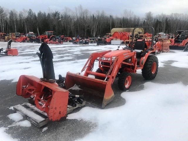 2005 Kubota B2630HSD Tractor For Sale
