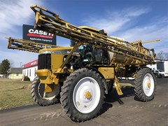 Sprayer-Self Propelled For Sale 2003 Ag Chem ROGATOR 1064