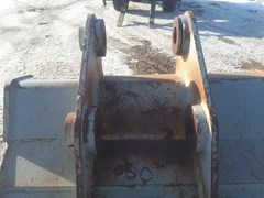 Excavator Bucket For Sale:  2000 ESCO PC220GP50