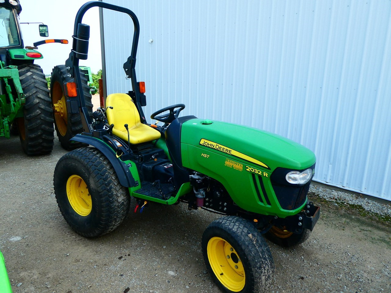2014 John Deere 2032R Tractor For Sale