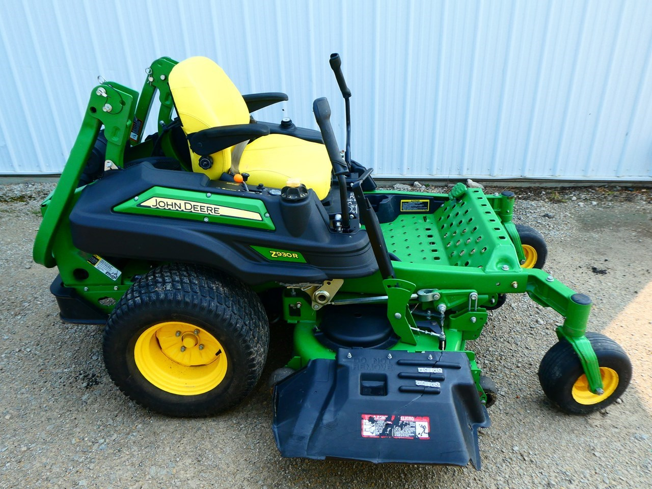 2015 John Deere Z930R Riding Mower For Sale