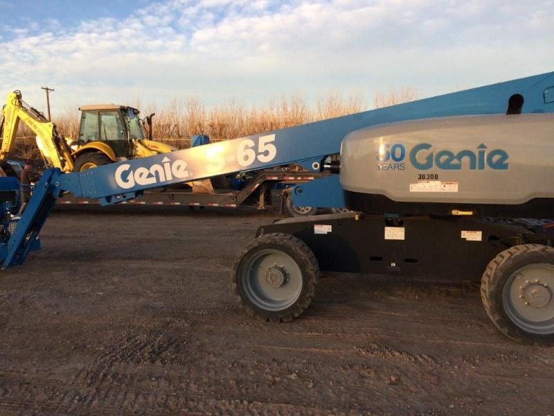 2017 Genie S65 Boom Lift