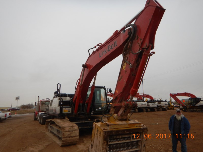 2017 Link Belt 350X4 Excavator-Track
