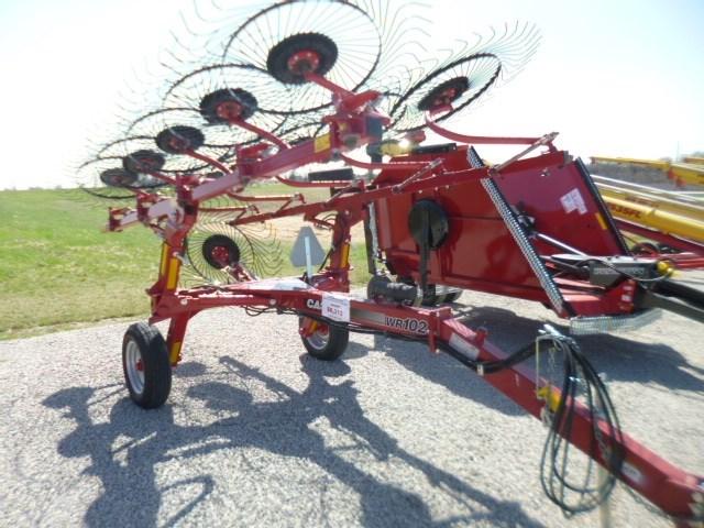 2013 Case IH WR102, Hyd Drive,Center Kicker Whl,19' Rake Width Rastrillo para heno con rueda a la venta