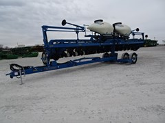 Planter For Sale 2013 Kinze 3660