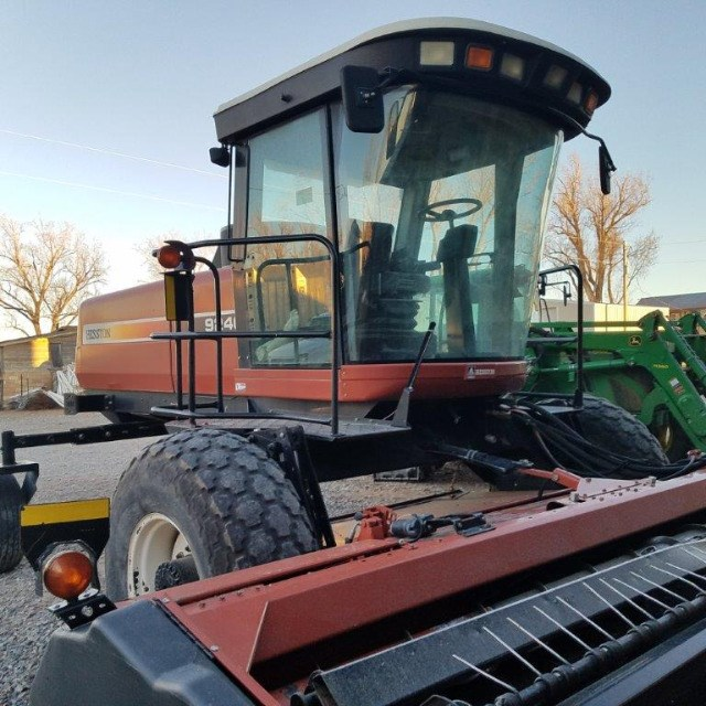 2006 Agco Hesston 9240 Windrower-Self Propelled For Sale